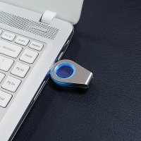 OTOČNÝ USB FLASH DISK S LED PODSVÍCENÝM LOGEM
